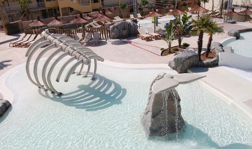 zona acuática en hotel realizada por Animala